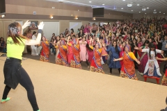 Zumba moves being taught to audience by Dr. Falguni-Majithia