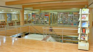16 04 - Library - 006