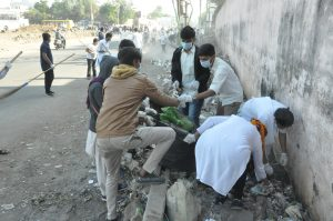 Students bagging the rubbish.